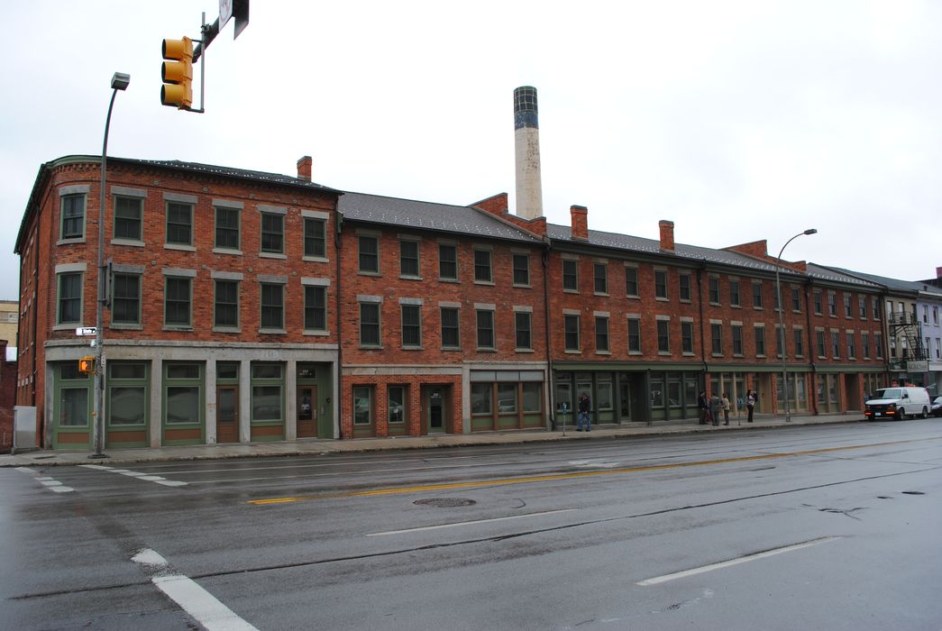 Award of Merit: Annex, The Mills at High Falls 1
