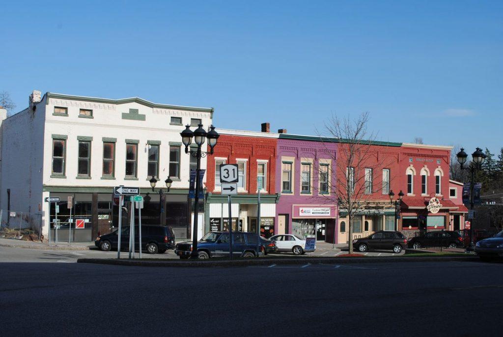 HolleyDowntown_04-17-14_108