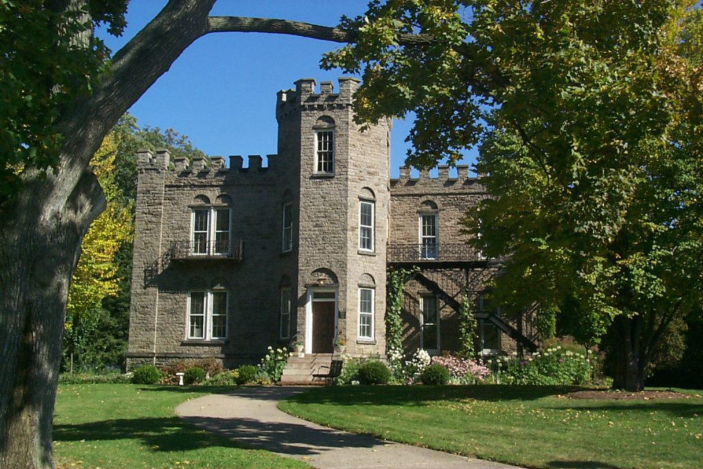 Landmark Society Offices to Move to Warner Castle 1