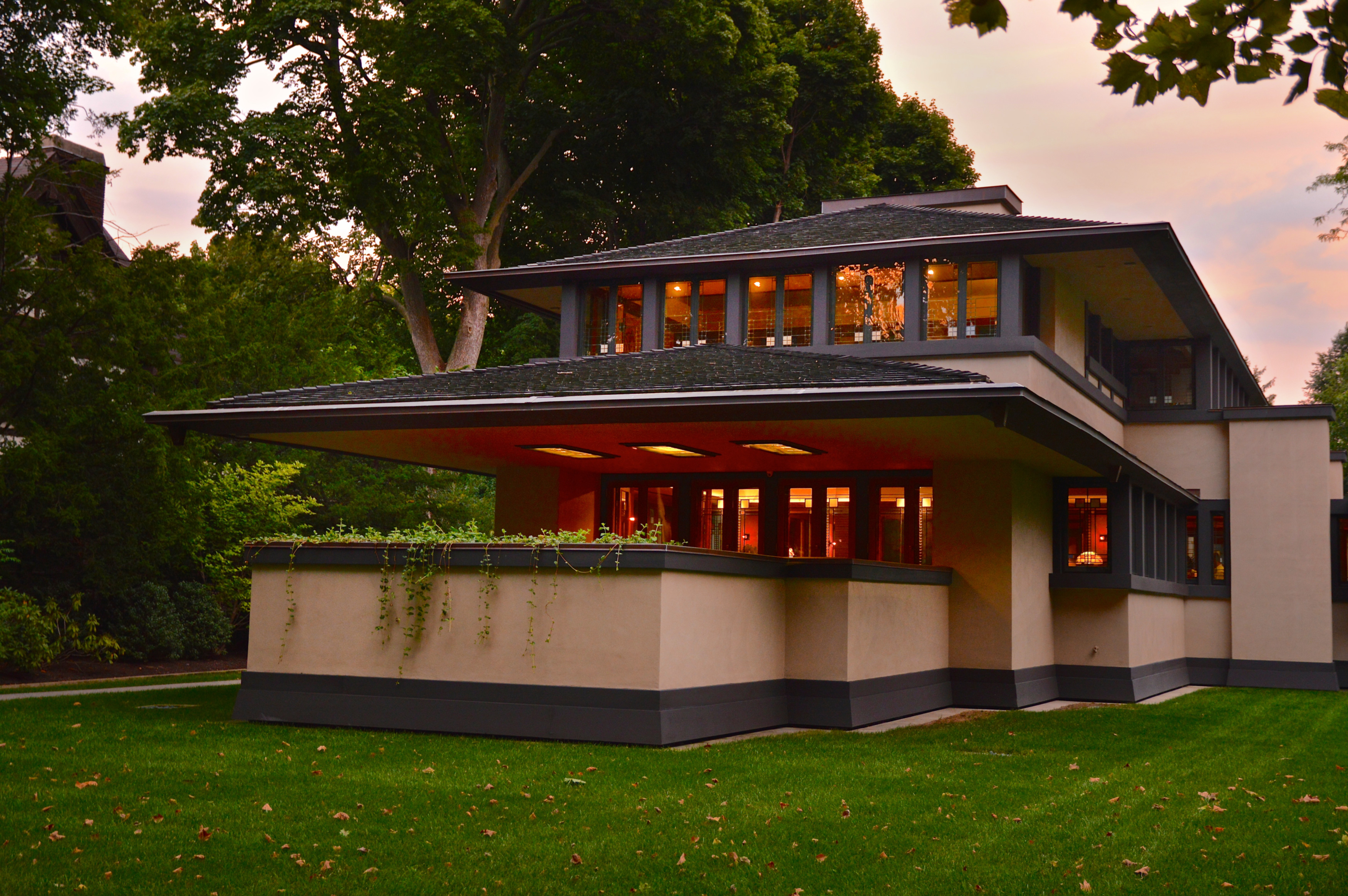 Talk: Rehabbing Frank Lloyd Wright's Boynton House 1